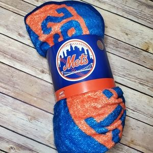New New York Mets Super Plush Throw 46in x 60in